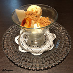 Yui - フロマージュブランとラム酒のアイスクリーム