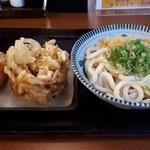 香の川製麺 - ぶっかけうどん大・野菜かき揚げ・おいなりさん