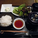 9496959 - 「熟成壺漬焼肉定食」1800円