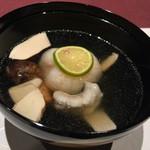 94968490 - 椀物                       海老真薯と松茸