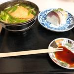 94968947 - きつねうどんの鯖寿司セット