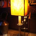 カフェ レ ジュ グルニエ - あたたかくやわらかい光。