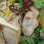 麺や たけだ - ぷりっぷりの牡蠣