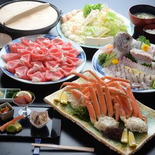 《活き造り会席》とことん新鮮な魚にこだわったコースが充実。