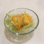 マナカマナ - サラダ。食べ放題です。