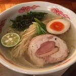 毘沙門天 - 料理写真:鶏そば(塩)