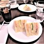 ブーランジェリーアン - eat in; ミックスサンドセット¥454×2