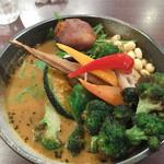 94977811 - Samuraiスープカレー!Samurai祭り!!                       森森ブロッコリーがすごいですね。笑