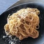 Rosso Bianco - ウニと生クリームのパスタ