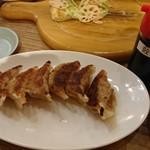 道頓堀クラフトビア醸造所 - 焼き餃子