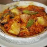 ピッコロモンド・ヤマダ - トリッパのトマト煮