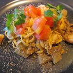 94996147 -                        赤エビと冬瓜のタリオーニ、牡蠣の薫り添え