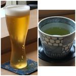 西中洲 鮨 山椒郎 - 主人は「ビール(800円:外税)」、私はお茶を。