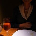 春秋ツギハギ 日比谷 - グラスシャンパンで乾杯!