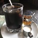 Kissamadoragu - 【2018.10.13】苦味と酸味が素晴らしいブレンドコーヒー アイス400円