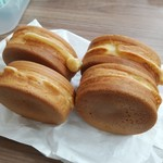 たこ〇 - 料理写真:大判焼き4個