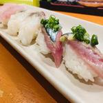 名前のない寿司屋 - ほとんどが1貫100円台!