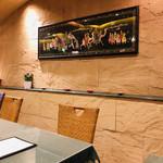 インド料理 ショナ・ルパ - インドの高級ホテルっぽい店内。落ち着きます!