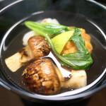 95018517 - 松茸と海老とれんこん餅のお椀