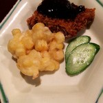 95024053 - トウモロコシの天ぷらとマグロのカツ