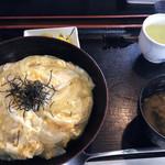 95024466 - 玉子丼¥700。これは、まあ、ええ値してます。