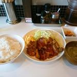 きまぐれ食堂 - 照り焼きチキン定食     ¥800ご飯大盛り無料!✨✨✨