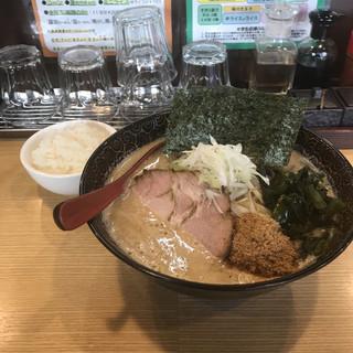 麺屋 天 東大宮店 - 魚系和風味噌らーめん。 税込800円。 旨し。