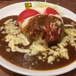 95030599 - ・炙りチーズと完熟トマトカレー