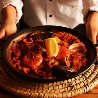 ★お食事を陽気に楽しむ大人のバル