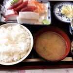 彩 - 裏メニュー 三色丼の皿盛り¥600