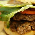 ユーエスバーガー - アメリカ人シェフによる本格派のハンバーガーショップ。