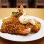とんかつ八千代 - 料理写真:アジフライ・車海老・ホタテ定食