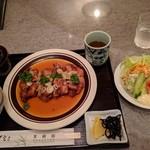 95049801 - 鶏チリソース定食+サラダ 1180円