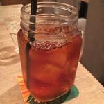 THE ROOFTOP BUTCHER CHICAGO PIZZA&BEER - ウーロン茶