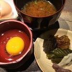 銀座 座屋 - 土佐ジローの卵/赤出汁/漬物