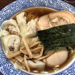 ○決 - 料理写真:ラーメン(味玉、ワンタン)