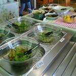 農家レストラン 大地 - サラダの一部