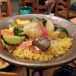 95060433 - パプリカ、ズッキーニ、茄子野菜いっぱいのトマトパエリア