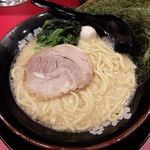 新松木大和家 - 料理写真:ラーメン 醤油