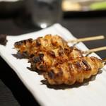 焼鳥 美鶏 - 料理写真:皮