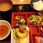 大阪満マル - ランチ まん丸定食