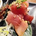 ニッポンまぐろ漁業団 - まぐろ焼肉890円まぐろアップ