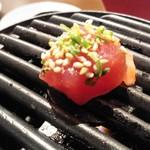 ニッポンまぐろ漁業団 - まぐろ焼肉中
