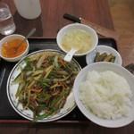 95067504 - 牛肉と細切りピーマン炒め