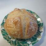 ベーカリー&カフェツバサ - 料理写真:プチカンパーニュ100円。  日持ちのするスープにピッタリの田舎パンです。