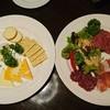 レストラン ベビーフェース - 料理写真:チーズ盛り合わせ・サラミ盛り合わせ