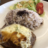 カフェバー ドリット - 料理写真:日替わりのランチ。この日はチーズハンバーグ