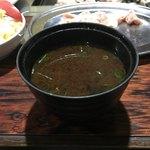 焼き鳥ハウス 泉竹林 - 赤出汁