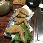 焼き鳥ハウス 泉竹林 - 手羽揚(4本)¥280