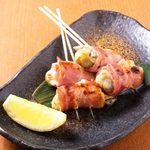 牡蠣のベーコン巻き串(2本)